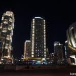 ライトアップされる平壌の高層ビル