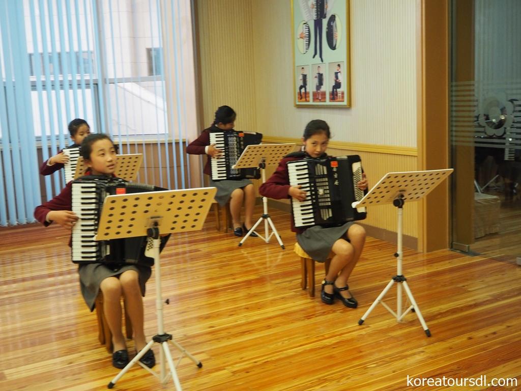 北朝鮮・音楽交流・楽器