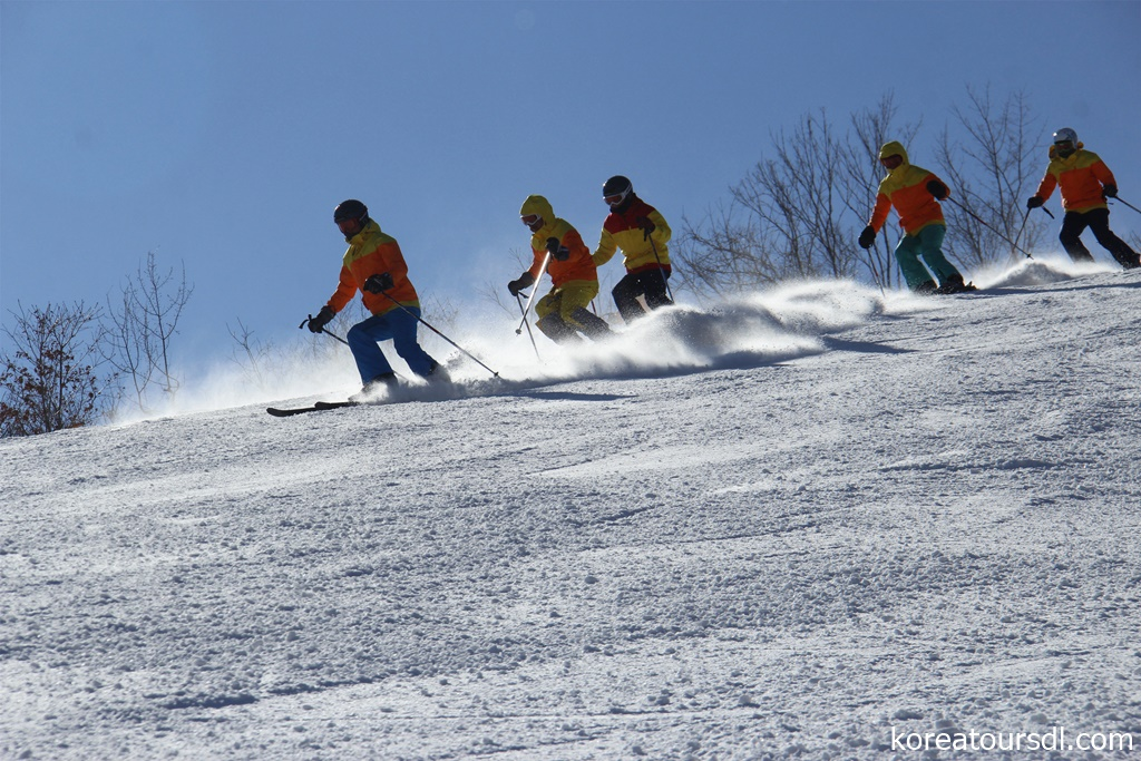 2020初滑りは北朝鮮・馬息嶺スキー場で